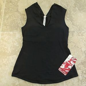Lululemon Alluring Tank black workout top size 6